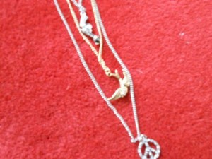 Picture of Knotviolence Necklace